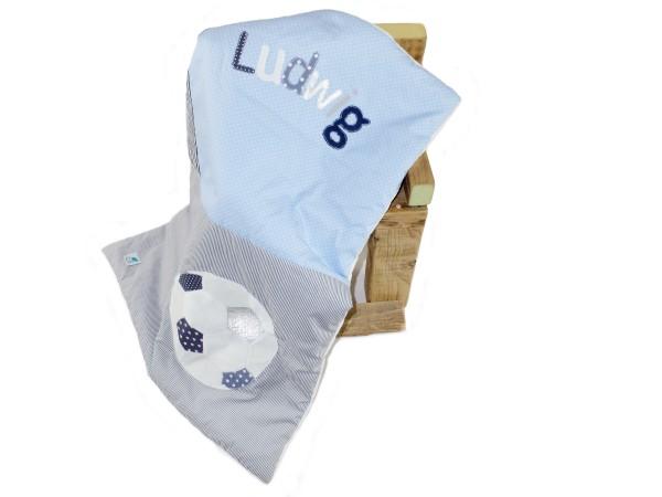 Babydecke Dots and Stripes hellblau Football mit Namen